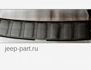Сетка в решетку радиатора черная  Jeep Grand Cherokee 2013-2015