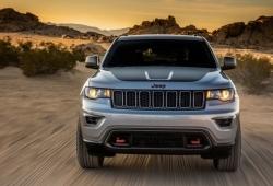 Внедорожник Jeep Cherokee признан безопасным автомобилем