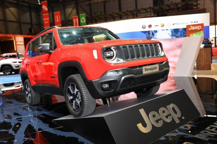 Автомобили Jeep стали электрическими
